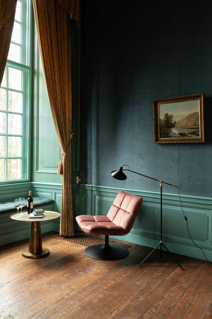 Fauteuil Bar Velvet Oud Roze Dutchbone